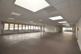 Autres de 257 m² à louer - ref:10198174