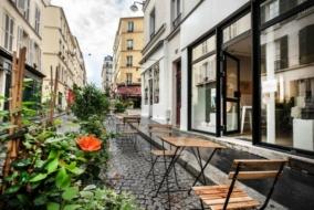 Boutiques / Locaux commerciaux de 115 m² à louer - ref:10196548