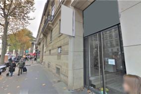 Boutiques / Locaux commerciaux de 148 m² à louer - ref:10198393