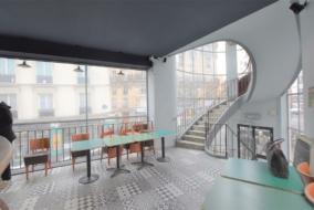 Boutiques / Locaux commerciaux de 169 m² à louer - ref:10196423