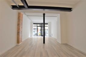 Boutiques / Locaux commerciaux de 180 m² à louer - ref:10199191
