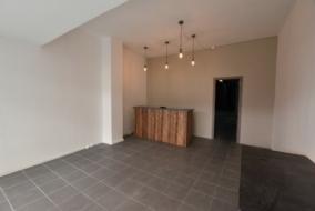 Boutiques / Locaux commerciaux de 280 m² à louer - ref:10196350