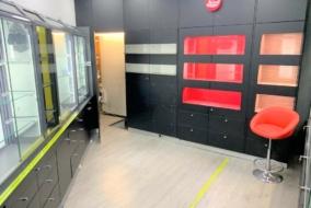Boutiques / Locaux commerciaux de 30 m² à louer - ref:10200282