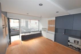 Boutiques / Locaux commerciaux de 32 m² à louer - ref:10200167