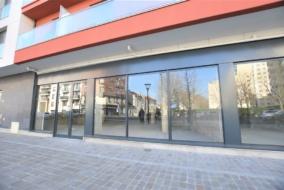 Boutiques / Locaux commerciaux de 330 m² à louer - ref:10199291