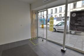 Boutiques / Locaux commerciaux de 35 m² à louer - ref:10199818