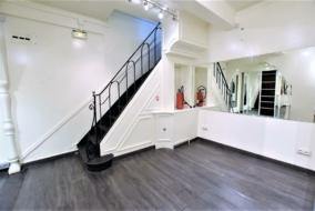 Boutiques / Locaux commerciaux de 47 m² à louer - ref:10195925
