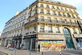 Boutiques / Locaux commerciaux de 50 m² à louer - ref:10198829