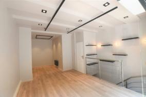 Boutiques / Locaux commerciaux de 55 m² à louer - ref:10196580