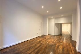 Boutiques / Locaux commerciaux de 60 m² à louer - ref:10198282