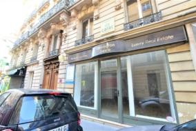 Boutiques / Locaux commerciaux de 60 m² à louer - ref:10198839