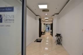 Boutiques / Locaux commerciaux de 67 m² à louer - ref:10195174