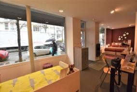 Boutiques / Locaux commerciaux de 72 m² à louer - ref:10200110