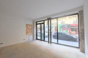 Boutiques / Locaux commerciaux de 81 m² à louer - ref:10199824