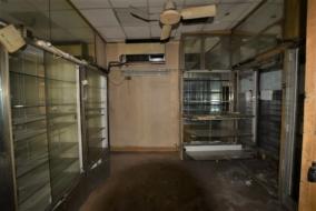 Boutiques / Locaux commerciaux de 95 m² à louer - ref:10192542