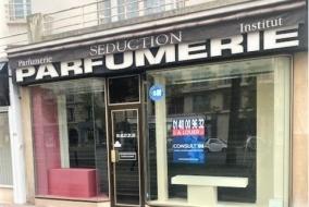 Boutiques / Locaux commerciaux de 95 m² à louer - ref:10199185