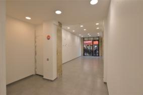 Boutiques / Locaux commerciaux de 96 m² à louer - ref:10200346