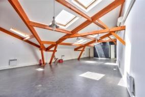 Bureaux de 100 m² à louer - ref:10198295