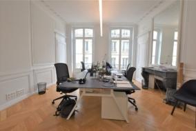 Bureaux de 100 m² à louer - ref:10200349