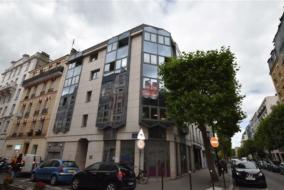 Bureaux de 103 m² à louer - ref:10198658