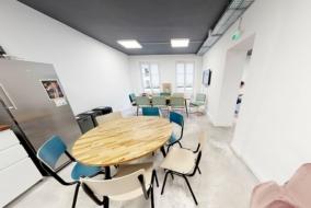 Bureaux de 105 m² à louer - ref:10196176
