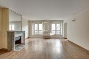 Bureaux de 107 m² à louer - ref:10199856