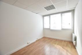 Bureaux de 110 m² à louer - ref:10197509
