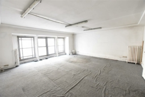 Bureaux de 112 m² à louer - ref:10199423