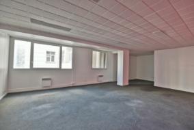 Bureaux de 113 m² à louer - ref:10197993