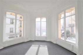 Bureaux de 120 m² à louer - ref:10198298