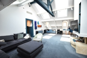 Bureaux de 120 m² à louer - ref:10198757