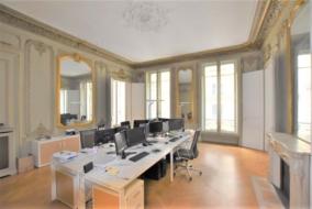 Bureaux de 130 m² à louer - ref:10199050