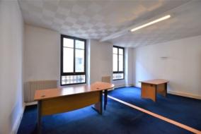 Bureaux de 130 m² à louer - ref:10199190