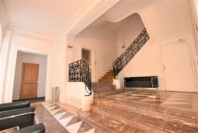 Bureaux de 140 m² à louer - ref:10196482