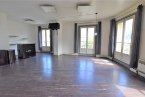 Bureaux de 144 m² à louer - ref:10197756