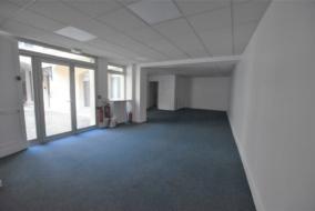 Bureaux de 149 m² à louer - ref:10195901