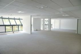 Bureaux de 149 m² à louer - ref:10197836