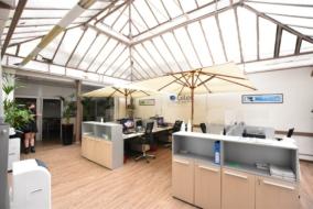 Bureaux de 152 m² à louer - ref:10199641