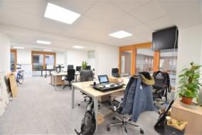 Bureaux de 114 m² à louer - ref:10197508