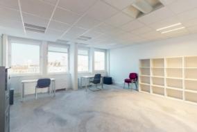 Bureaux de 170 m² à louer - ref:10196793