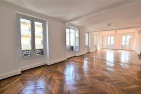 Bureaux de 173 m² à louer - ref:10197809