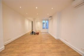 Bureaux de 82 m² à louer - ref:10200403