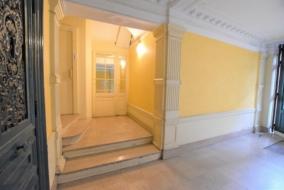 Bureaux de 195 m² à louer - ref:10195693