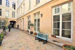 Bureaux de 204 m² à louer - ref:10198419