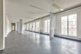 Bureaux de 207 m² à louer - ref:10199640
