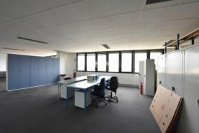 Bureaux de 230 m² à louer - ref:10193023
