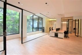 Bureaux de 260 m² à louer - ref:10198999