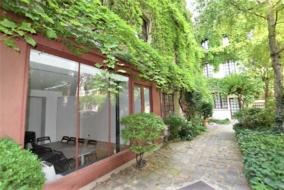 Bureaux de 27 m² à louer - ref:10199908