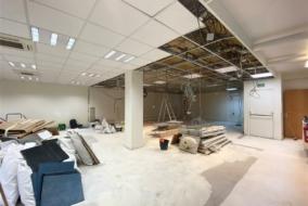 Bureaux de 326 m² à louer - ref:10197716