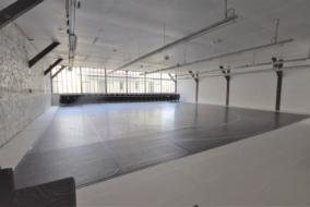 Bureaux de 329 m² à louer - ref:10197261
